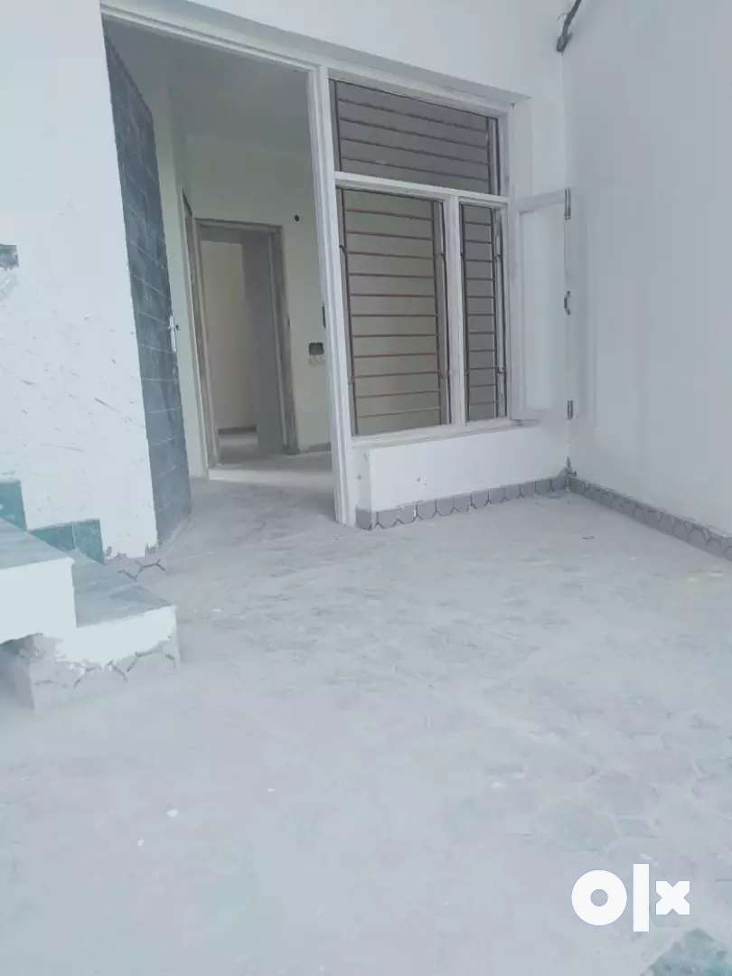 2 bhk ready to move 0