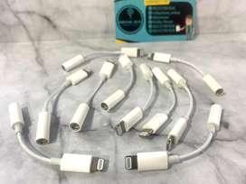 Converter iPhone ORIGINAL bawaan lightning to 3.5 jack audio