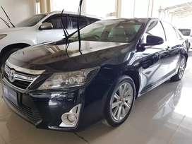 Toyota Camry Hybrid At 2013 Hitam Dp ringan