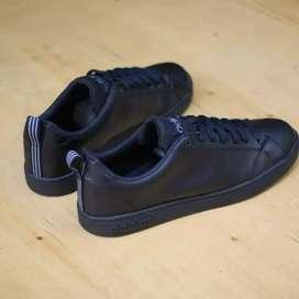 jual sepatu adidas neo original.