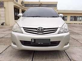 Toyota Innova 2.0 G Manual MT Tahun 2010