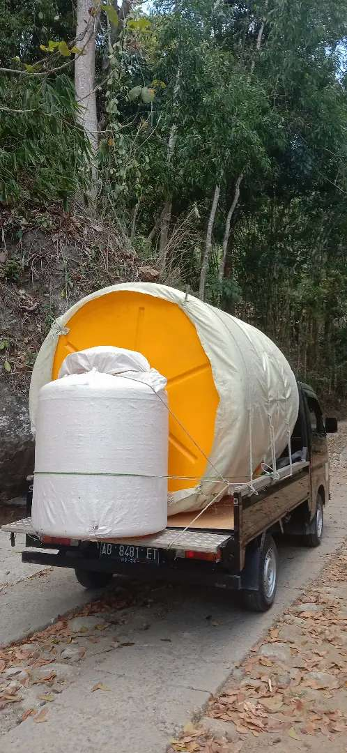 Gudang tandon air 2000 toren 5000 tebal HDPE PVC bahan plastik