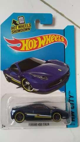 Hot wheels Ferrari 458 italy