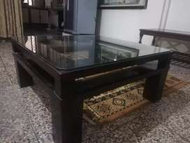 Imported center table with 8mm class top
