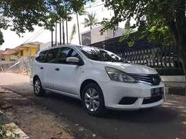 Nissan/GRAND LIVINA 1.5 SV