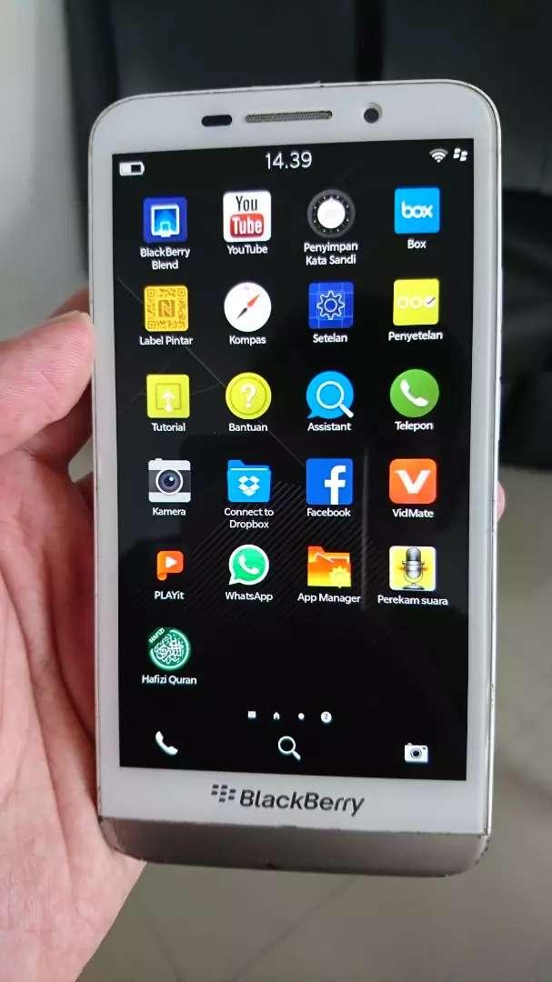 BlackBerry Z30 RAM 2/16 Langka Nominus 0