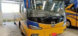 Bus Hino pariwisata  2019 warna biru