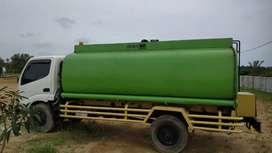 Hino Dutro 130 Tangki 8000L 2008