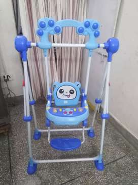 Kids swing chair jhoola good condition with out falt