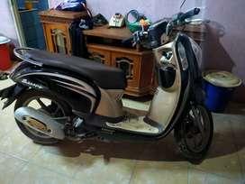 Honda Scoopy th 2015 Mulus Kencang surat lengkap