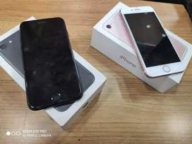 Apple iphone 7 32GB Going lowest at 13900 only