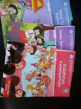 Paket Lengkap 9 Buku Tema Kelas 4 SD like new