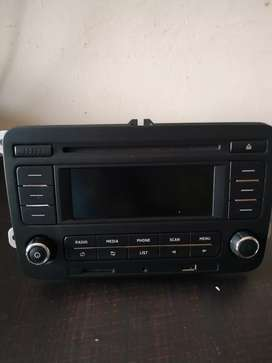 Skoda Rapid infotainment audio radio system OEM