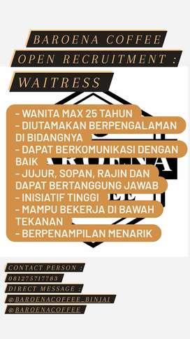 Di Cari Waitress Cafee