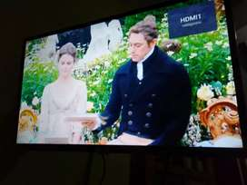 Gambar TV bening dengan Parabola Mini Bebas Bulanan Tembalang
