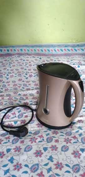 Nova electric water kettle
