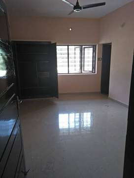 2 bhk ground apartment bts rd edappally, no car parking