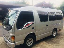 Jual isuzu elf minibus 2011 - mesin sangat bagus -Ac denso gandul adem