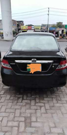 Am selling honda city good condition
