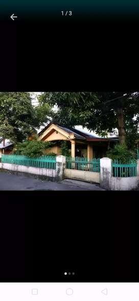 Harus terjual segera strategis tengah kota Manado bonus tempat usaha