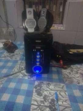 Univarsal speaker