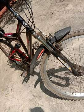 Good condition,new tyres with alloys and 18 speed 2 years old