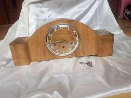 mantle clock foiregn made in england original tua dan jumbo