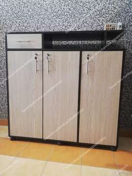 Shoes rack / shoes cabinet just in 11500 cash on delivery