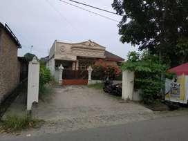 Rumah Pribadi plus kontrakan 3 unit