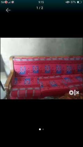 1 three seater and 2 one seater sofa set