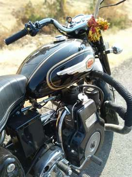 Vintage Royal Enfield Diesel Bullet with legal RTO RC