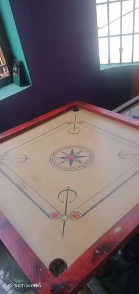 Carrom board without coins