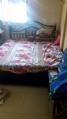 Heavy lokhan bed