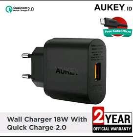 Aukey Turbo wall charger 18 watt QC 2.0 BARU