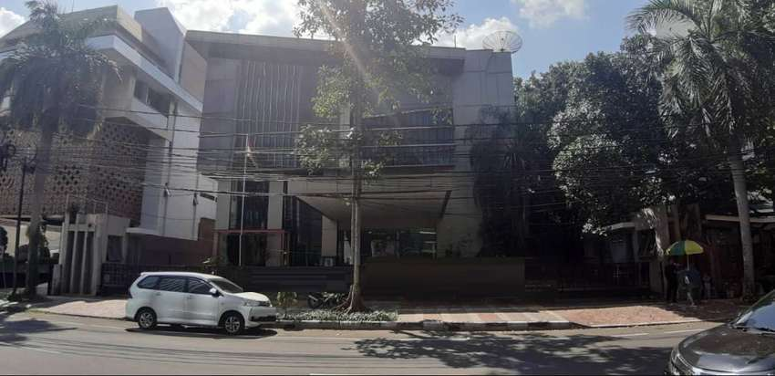 Gedung Kantor 4lantai luas 1863m siap pakai Tanah Abang Jakarta Pusat