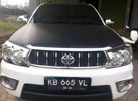Toyota New Fortuner 2.7 G Lux A/T th 2010, Design Trd Original