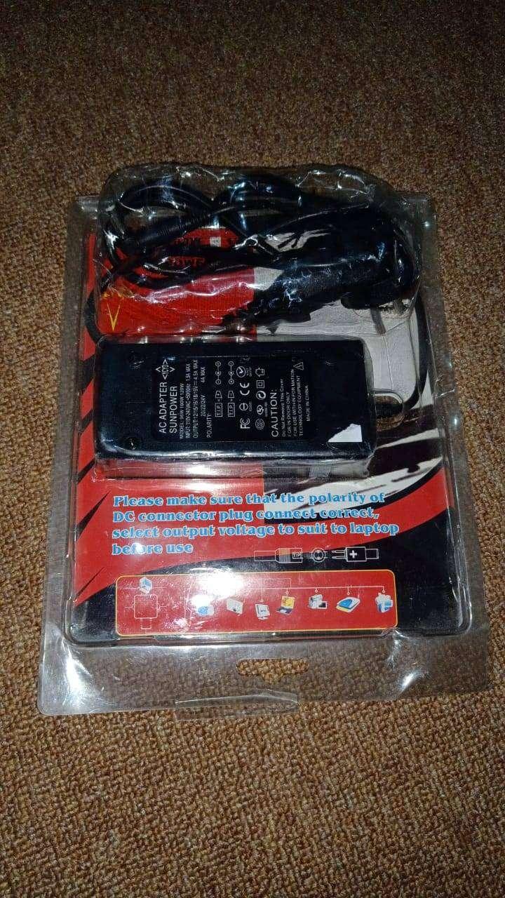 Sun power adaptor laptop 0
