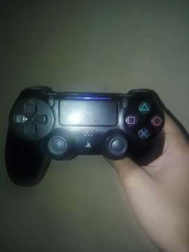 Ps4  original controller for sale urgent sale