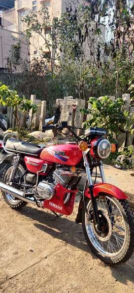 I want exchange newly restored YAMAHA RX135 to Bullet