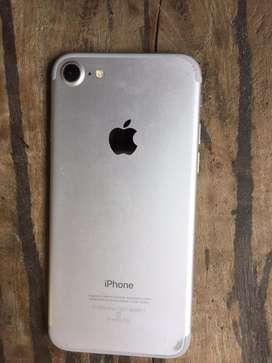 I phone 7 upper ek side se crack hai