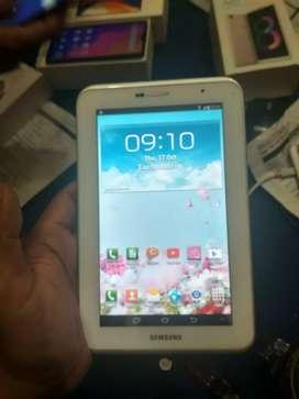 Tablet Samsung Tablet Samsung 3G 16GB .. ukuran layar 7 inch