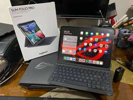iPad Pro 3rd Gen 11 inch 64Gb + Keyboard Logitech Slim Folio PRO