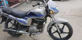 Good condition hai allows wheel tyre bhi thik hai