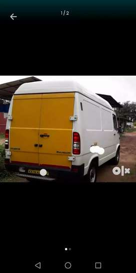 Good condition tempo traveller