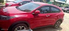 mobil honda hrv mulus baru 4 bln pakaian pribadi