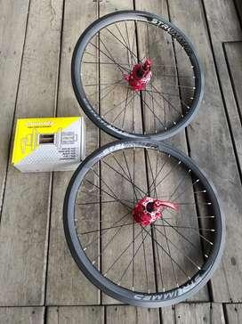 Wheelset strummer 451 discbrake 039 loncer + tawon