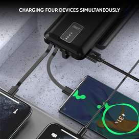 Powerbank UNEED 10.000 Built-in 4 Cable