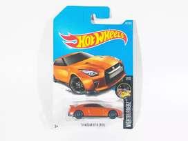 Hot Wheels '17 Nissan Skyline GT-R R35 Orange (HW Nightburnerz 2017)