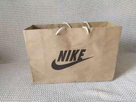 Paper Bag / Tas Kertas / Tempat Sepatu Nike