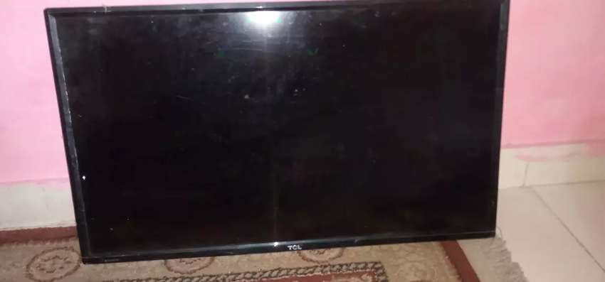 Tcl 32inch smart tv